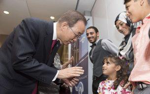 UN Chief  attends refugee resettlement event  in Los Angeles. UN Photo/Mark Garte